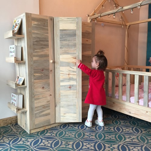 Montessori Masif Ahşap Çocuk Dolabı Kapaklı 130cm - MON01DL görseli, Picture 3